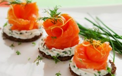Elegant Canapes And The Cocktails For Your Party