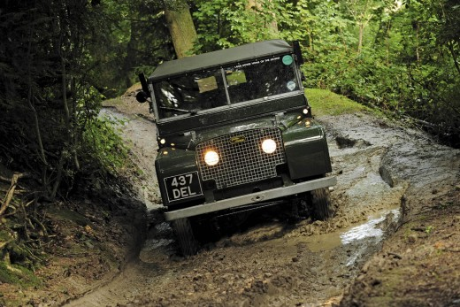 Off-roader shows how - fancy a trip up the jungle roads?