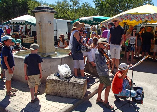 Scenes of market day in Provence.