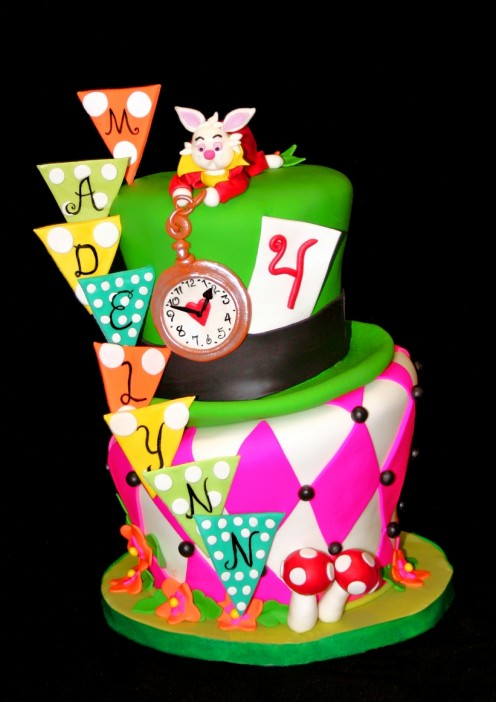 Alice in Wonderland Kid's Cake