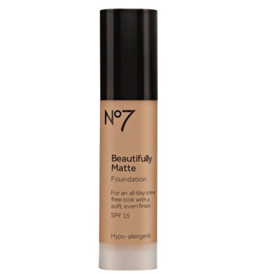Boots No.7 beautifully matte Foundation