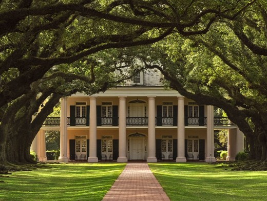 A classical Louisiana plantation Roman style home.
