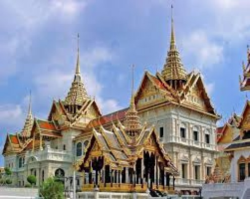 Many of the temples in Thailand are beautiful and adorned with gold.