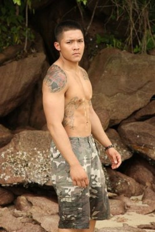 19 yrs old / A former barista in Hawaii and presently a gym instructor in Mandaluyong.