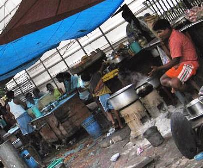 An early-morning scene @ a roadside tea-stall