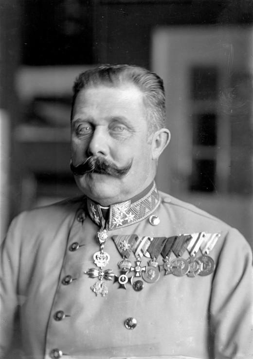 Archduke Franz Ferdinand, photo taken around 1914, public domain picture