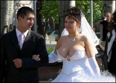 An indecently dressed bride for church wedding. Things are really falling apart in the modern day church.