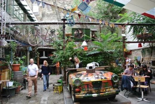 Szimpla's courtyard