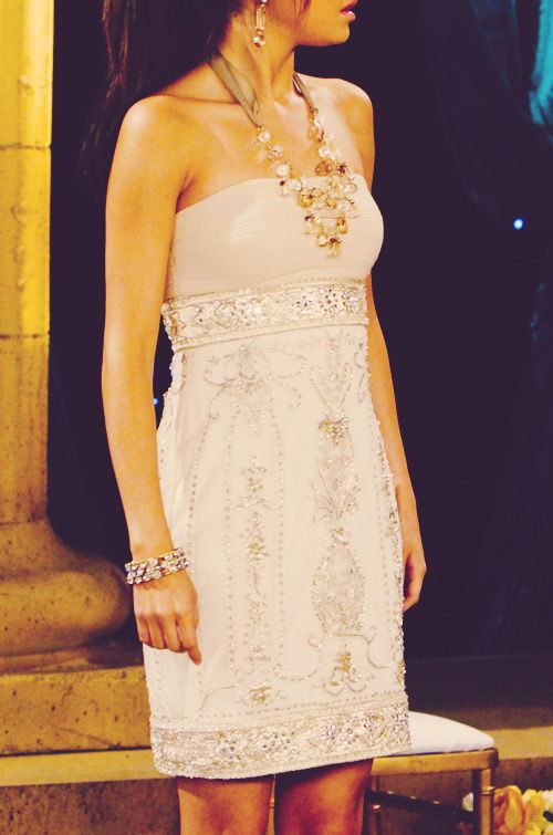 The beautiful white lace dress. Needn't say more.