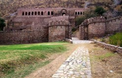 The Spookiest Place in India: Bhangarh Fort