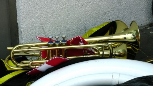 Playing an instrument is a fun thing to do after work that improves memory and mental health, leading to more success.