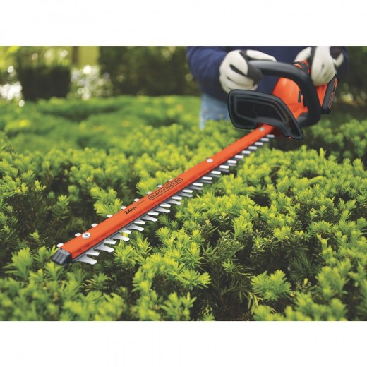 The Black and Decker 40V Lithium Ion 24-Inch gives you excellent battery power, enabling you to cover a wide area over time.  The trimmer is comfortable to hold and use and can comfortably cut through branches up to 3/4 inch thick.