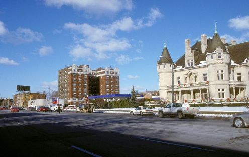 Historic Woodward Avenue, business and attractions.
