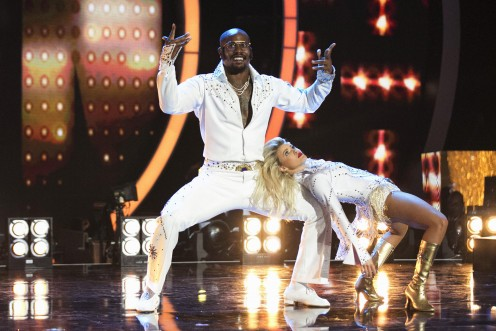 Kim Fields and Von Miller pleases audiences on DWTS.