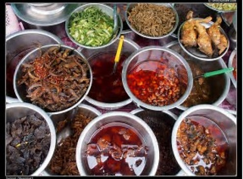 One of the main tourist attractions for visitors to Myanmar is the world class food.