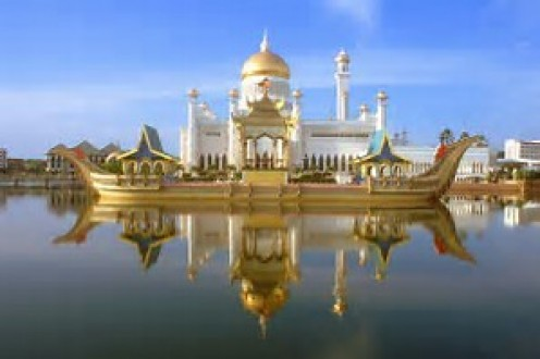 Brunei has beautiful buildings, religious and otherwise, that are well worth seeing if you are ever a visitor in the country.