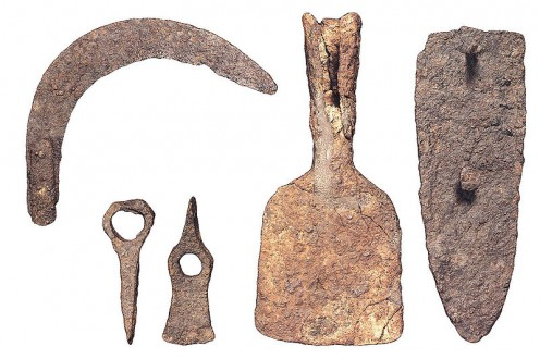 10 Remarkable Discoveries Involving Ancient Tools