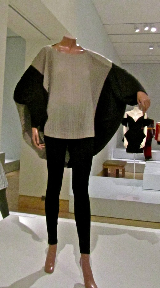1990 tunic and leggings by Miyake Issey