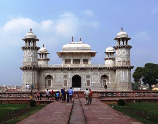 Itmad-ud-daulah's Tomb, Agra