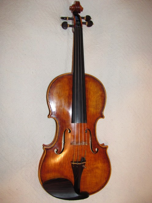 What Is the Difference Between a Fiddle and a Violin?