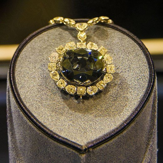 Hope Diamond in the Smithsonian Museum of Natural History, Washington DC