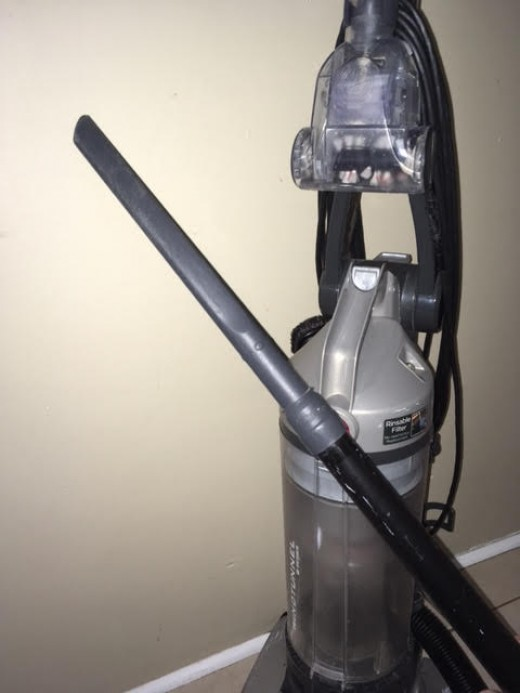 Vacuum and crevice tool attachment
