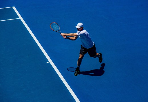 Murray Striking a Backhand