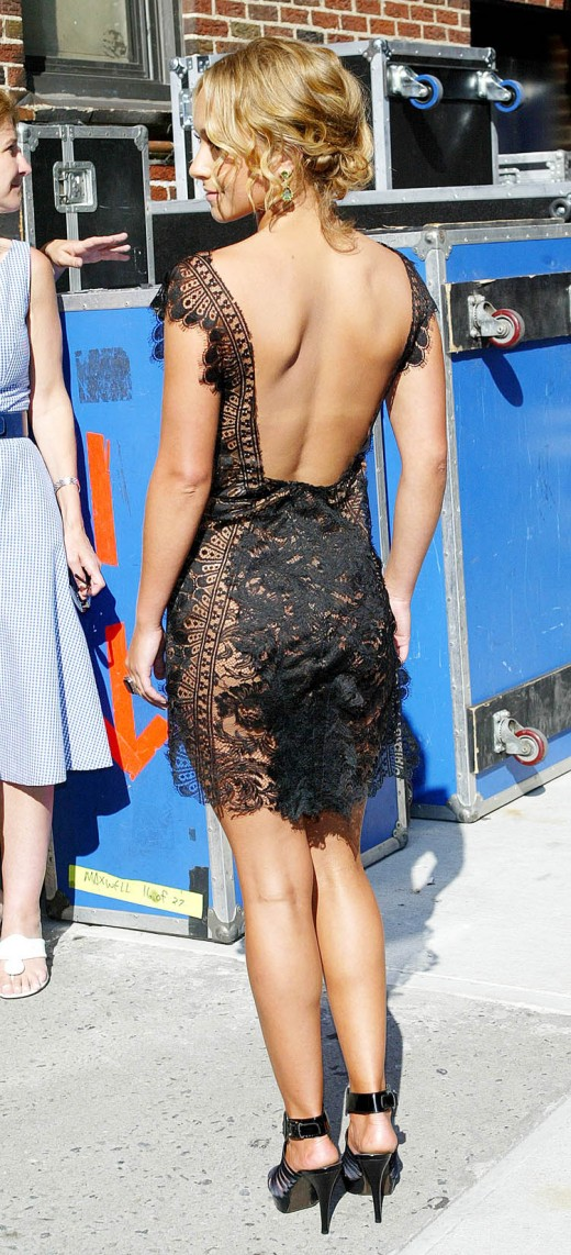 Hayden Panettiere in a short black lace dress and high heels appearing on the Late Show