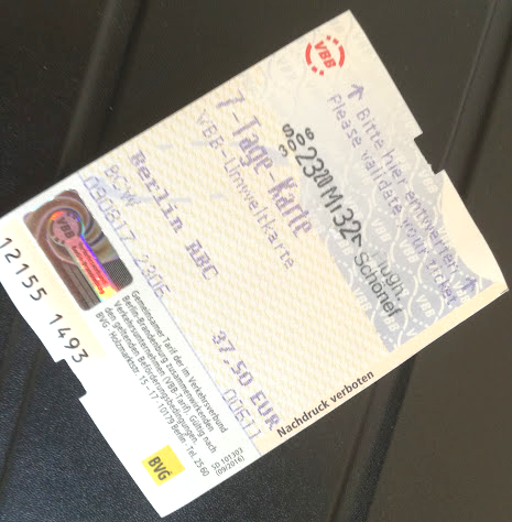 A 7-day valid ticket. Tourists may also enjoy City Card and Welcome Card if they also want to get special prices for museums and various attractions.