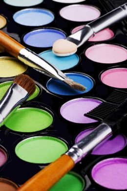 Cosmetics on Creating A Makeup Look Wtih Mac Cosmetics Products