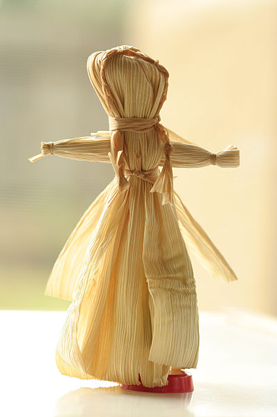 Corn dolls are a traditional decoration and craft for Mabon.