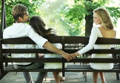 11 Signs He is Cheating You – Women Shouldn't Ignore These