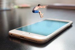 Amazon Echo vs Apple's HomePod: Who Wins?