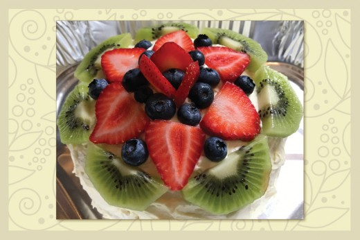 Decorate Cakes with Fruit