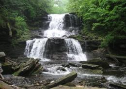 Tuscarora Falls (47 feet)