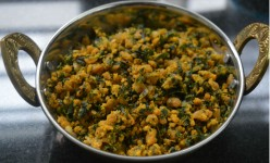 How to Make Fenugreek Leaf Zunka or Chickpea Flour Curry