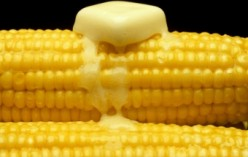 How You Eat Corn on the Cob Reveals a Lot about You
