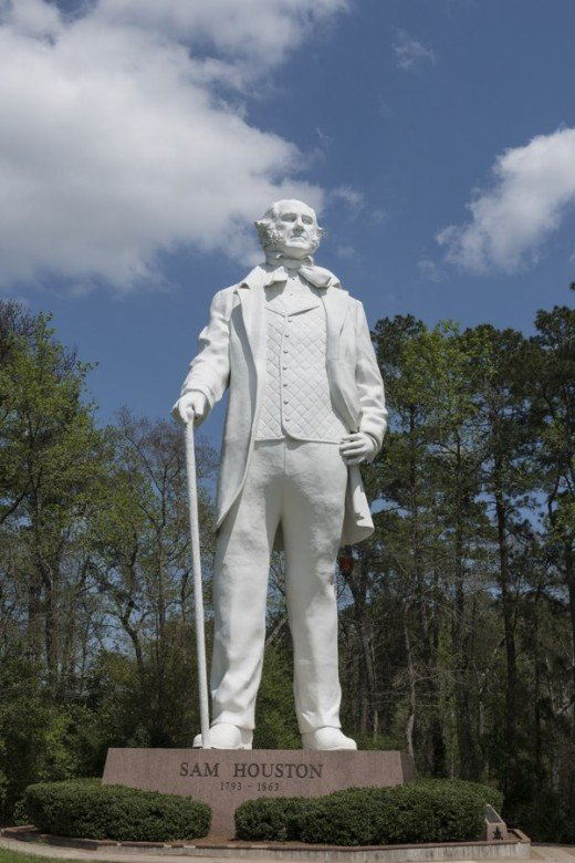 This tribute to Texas hero Sam Houston was designed and constructed by artist David Adickes, who dedicated the statue to the City of Huntsville, Texas on October 22, 1994