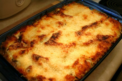 White Lasagna with Chantrelle and Crimini Mushrooms ready to be served