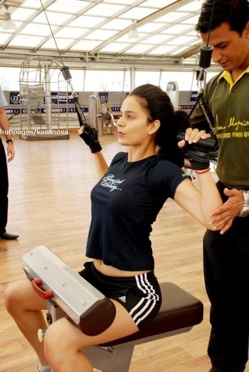 Kangana Ranaut - Hot Bollywood Actress Sweating out in Gym - Hot