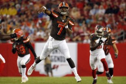 He's back... DeShone Kizer to start at QB for the winless Browns vs. the Titians