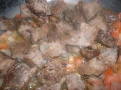 Recipe for Beef With Tomatoes and Onions in Coconut Milk Sauce
