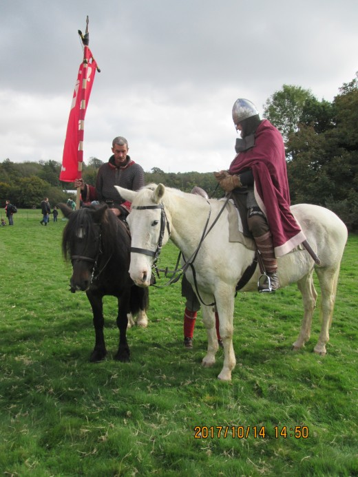 Here's King Harold and Aelfgar his 'staller' or marshal, Aelfgar was also shire reeve (sheriff) of Middlesex and carried Harold's personal banner, the fighting man