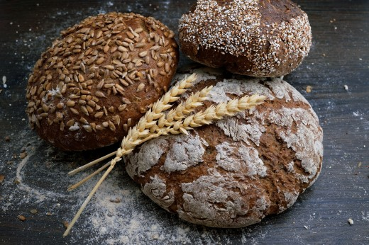 Whole grains are a good source of Thiamin (B1).