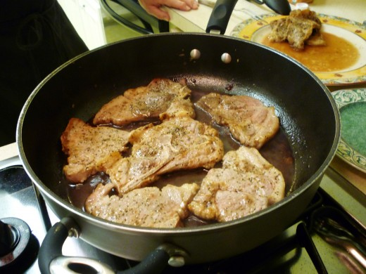 Add the pork, pork juices and mushrooms and shallots back into the pan.