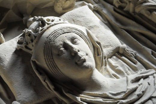 Sarcophagus of Queen Eadgyth in Westminster Abbey church - she outlived him by just under twenty years