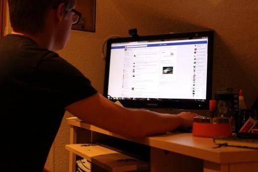 Computer Addiction Social Media