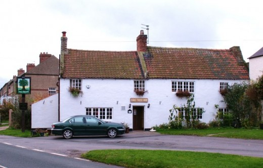 The Oak Tree on Low Green, a pub I frequented often when I stayed here several times in the 1990s