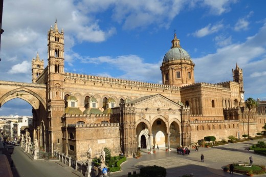 Palermo Cathedral in Sicily - Odo was on his way to join the first Crusade when he fell ill in Palermi. as a senior man of the Church he was interred in style in the cathedral