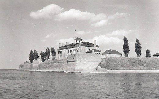 A Photo Of The Old Fort Niagara As It Stood In The 1940's.
